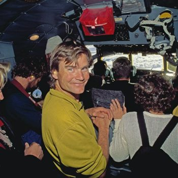 wb-Alex-Lowe-glimpses-Queen-Maud-Land-C-130-HerculesQM-4171H